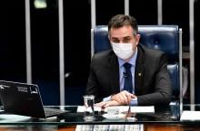 Com modificações, Senado aprova PEC do Auxílio Emergencial