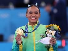 VÍDEO: Rebeca Andrade quebra marca de 101 anos e já é a 1ª brasileira a ganhar duas medalhas em uma única edição das Olimpíadas