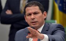 "Vice-presidente da Câmara diz que Bolsonaro terá ""diálogo, mas sob bombardeio intenso"""