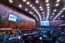 """""""Melhor que nada"""", dizem deputados do RS sobre reajuste de 83 centavos no vale-refeição dos servidores estaduais"""
