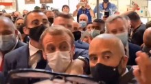 """VÍDEO: Presidente da França leva """"ovada"""" de cidadão"""