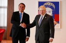 Boris Johnson quer acordo com Governo Bolsonaro para importar alimentos em falta