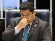 Esposa de primo preso de Alcolumbre está lotada em gabinete do senador