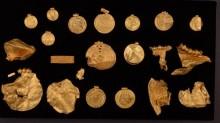 Arqueólogo amador encontra tesouro pré-viking com quase 1kg de ouro