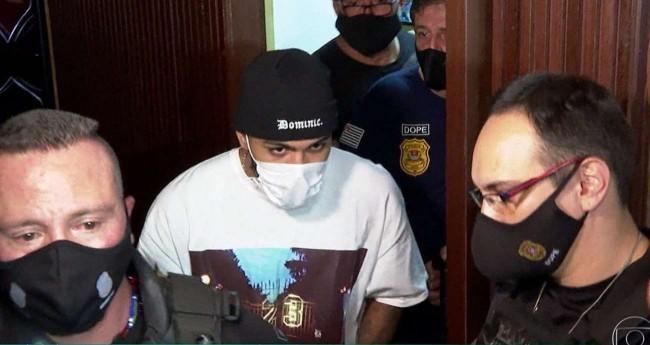 Gabigol foi flagrado em um cassino clandestino (CRÉDITO: REPRODUÇÃO/TV GLOBO)