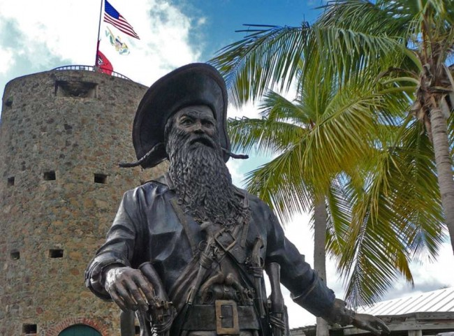 No século 18 surge a lenda de que Barba-Negra teria vivido em uma torre nas Ilhas Virgens (CRÉDITO: BART HEIRD/CREATIVE COMMONS)