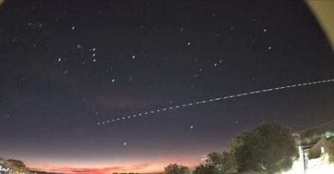 Foguete foi visto no céu de SC (CRÉDITO: JOCIMAR JUSTINO/ARQUIVO PESSOAL)