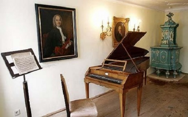 Itens da casa de Mozart são preservados até hoje (CRÉDITO: REPRODUÇÃO/INTERNET)