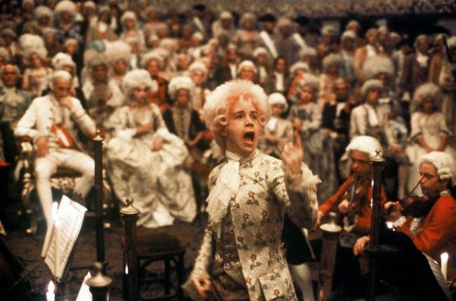 Cena do filme Amadeus, 1984 (CRÉDITO: REPRODUÇÃO/INTERNET)