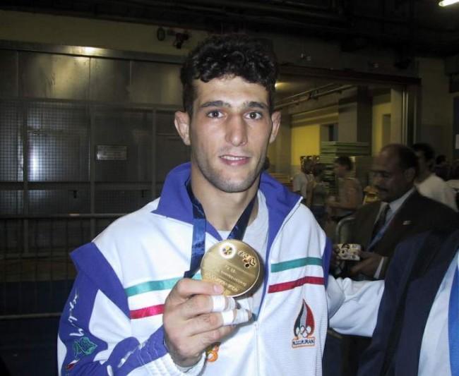 Arash Miresmaeili (CRÉDITO: REPRODUÇÃO)