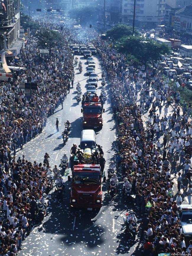 Brasil parou para prestar homenagens (CRÉDITO: REPRODUÇÃO)