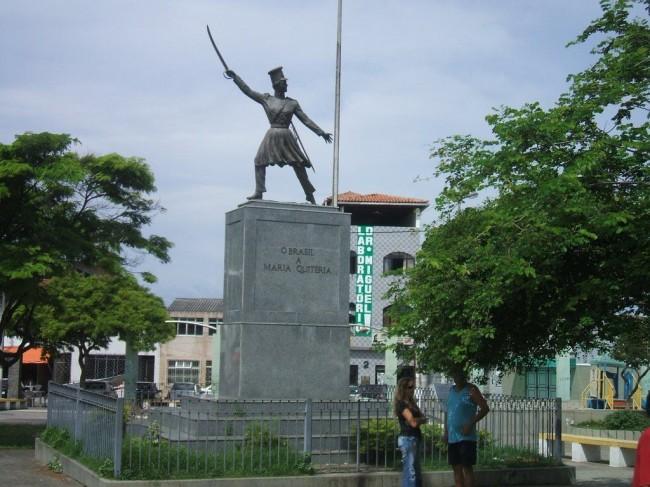 Estátua em homenagem à Maria Quitéria, em Salvador - Bahia (CRÉDITO: REPRODUÇÃO)