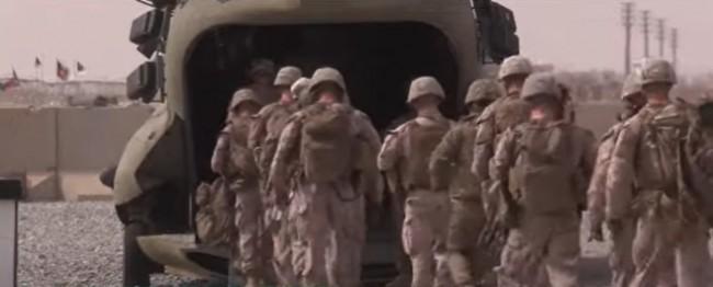 Soldados americanos deixam o país (CRÉDITO: REPRODUÇÃO)