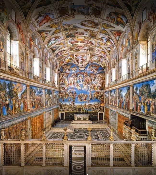 Teto da Capela Cistina pintado com O Juízo Final mede 13,7 m x 12,2 m (CRÉDITO: REPRODUÇÃO)