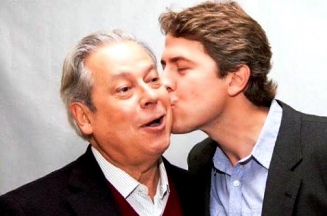 José Dirceu e o filho, Zeca Dirceu  (CRÉDITO: REPRODUÇÃO)